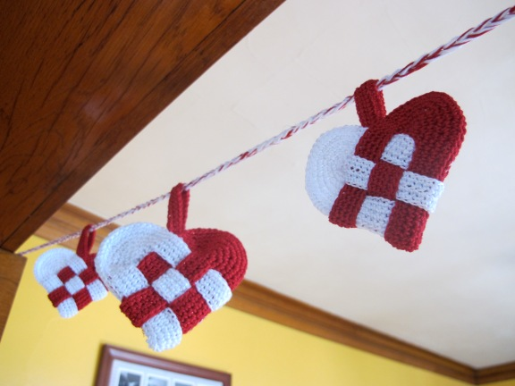 Danish Heart Garland